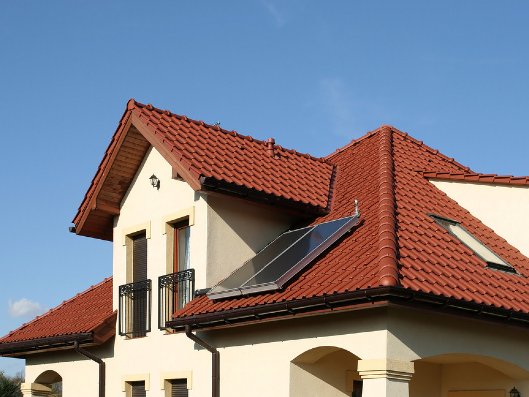 3 Signs Your Home Needs a New Roof